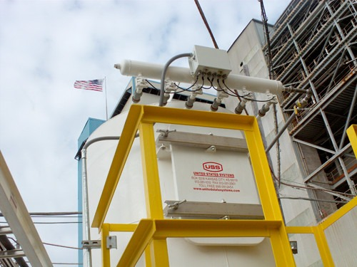 A US Systems vacuum filter receiver used to pneumatically convey sodium sulfate from a railcar to a silo at a packaging plant in Louisiana.